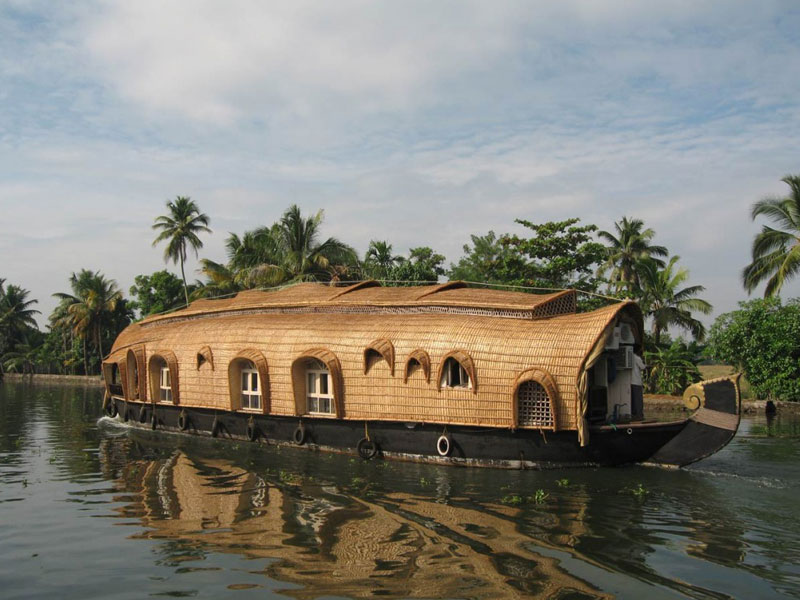 Houseboat Home Tours